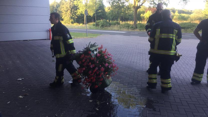 Brandweer rukt uit voor brand bij eigen kazerne