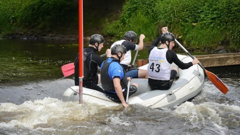 Doe mee aan de Raft Fun Race op de Dommel