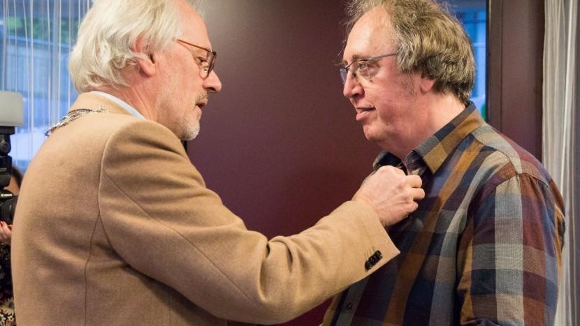 Vrijwilligerspenning Son en Breugel voor Wim van Hout