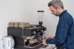 Merijn Gijsbers zet voor ons de lekkerste koffie ter wereld