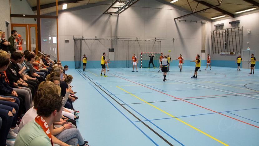 Kom naar het Daaf van Veenendaaltoernooi van handbalvereniging Apollo
