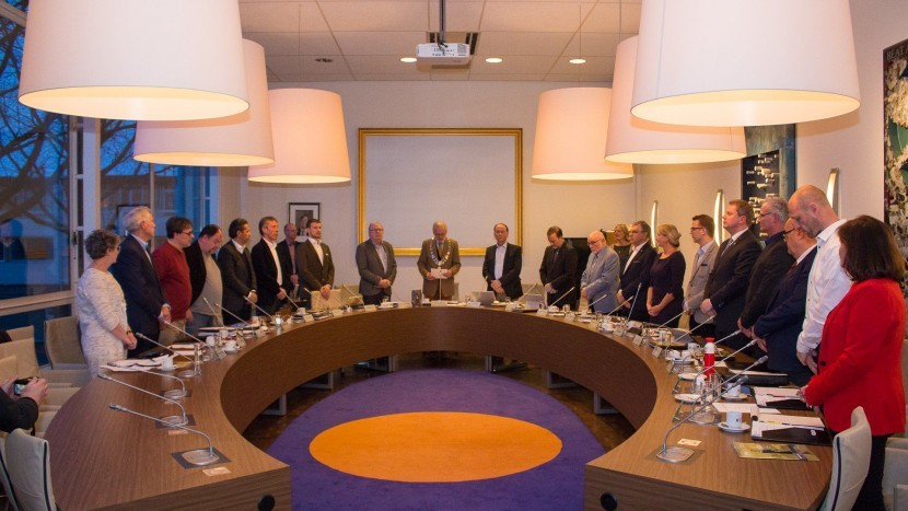 Nieuwe gemeenteraad voor het eerst bijeen voor beëdiging