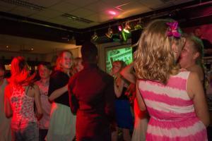 Vanaf 29 september (bijna) maandelijks disco in jongerencentrum Oase