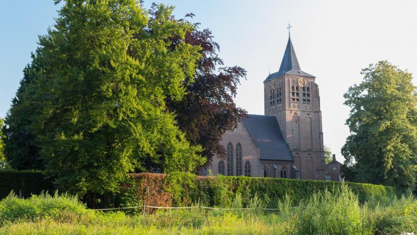De Sint-Genovevakerk in Breugel