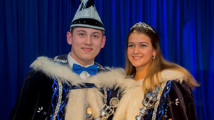 Prins Calvin Lenting en prinses Rachelle Lenting van carnavalsvereniging de Dommelsoppers
