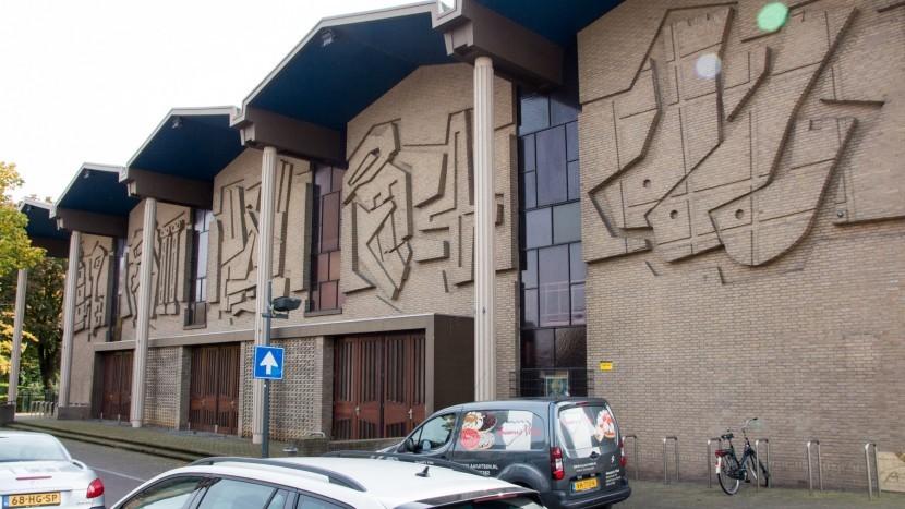 De Omgevingsdienst Brabant-Noord maakt gehakt van de zienswijze van de Heilige Oda parochie om handhavend op te treden tegen de sloop van de Sint-Petrus' Bandenkerk.