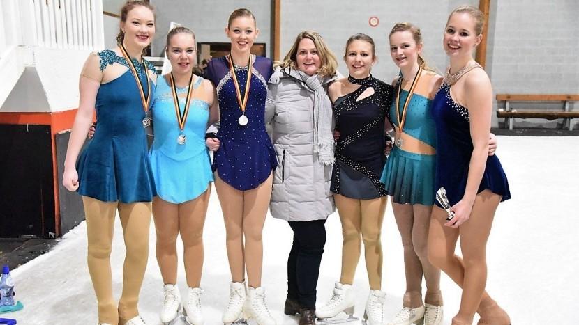 Podium voor kunstrijdster Lisa Weijer in internationale wedstrijd