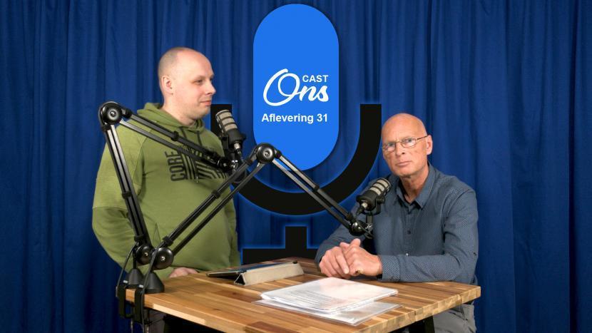Rutger van der Heijden en Michiel Emmery op de set van Onscast