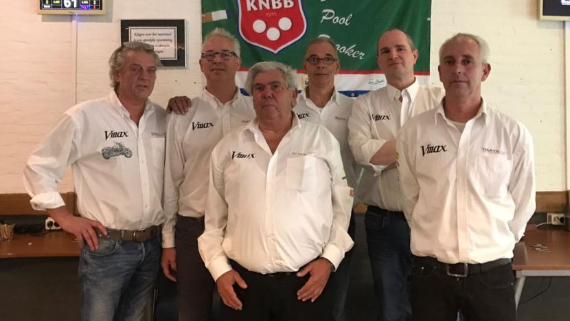 Team V-Max Motoren districtkampioen driebanden