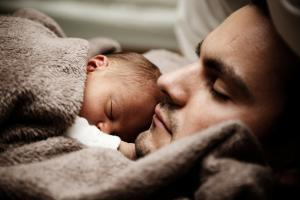 1,8% van de geboren kinderen in Son en Breugel uit eenoudergezin