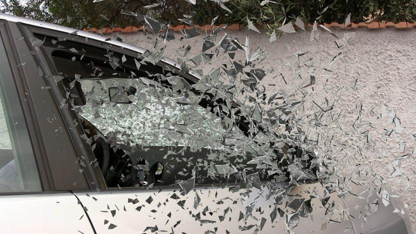 Politie waarschuwt voor autoinbraken