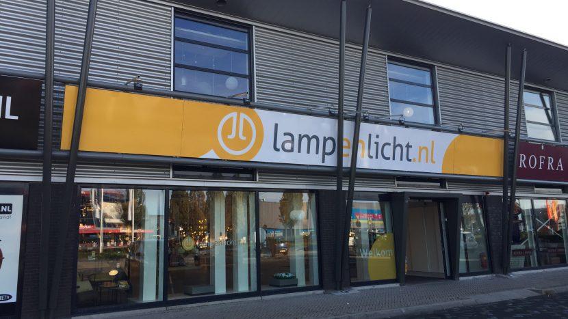 Lampen Ekkersrijt Eindhoven : Lampenlicht opent unieke showroom op ekkersrijt