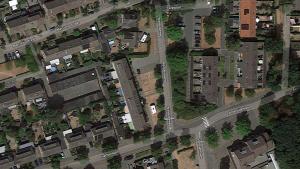 De letters LOL in gras op Google Maps