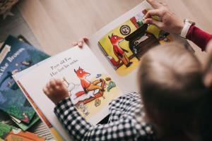 Muziek op schoot: lezen met baby's, peuters en kleuters stimuleren