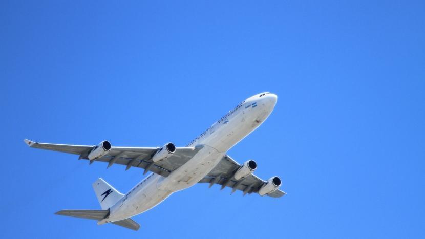 Eindhoven Airport vliegtuig