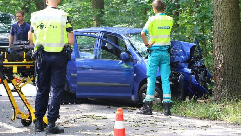 Ernstige eenzijdige verkeersongeval op Bestseweg