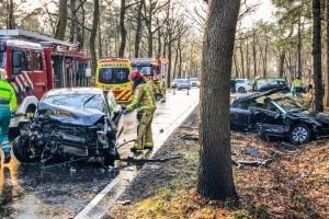 Drie gewonden bij een ernstig auto ongeval op de Bestseweg