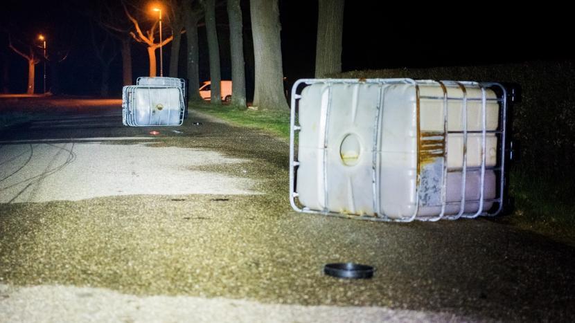 Drugsafval uit rijdende bus gegoten in Eindhoven en Son