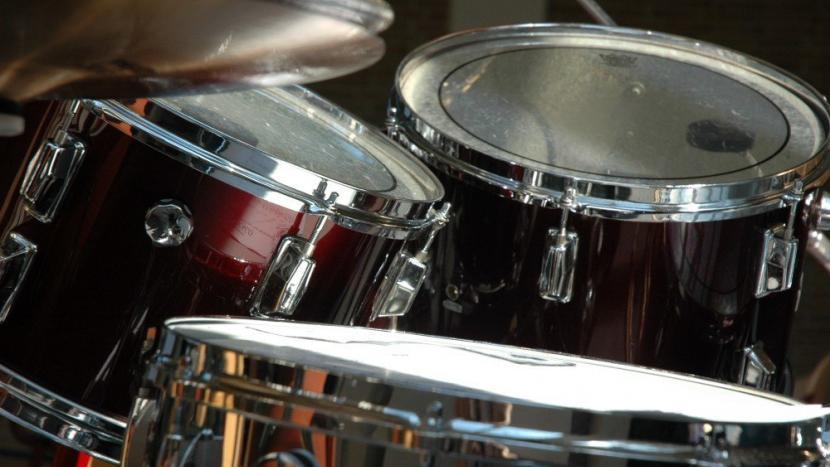 Trommels van een drumstel van harmonie Pro Honore Et Virtute